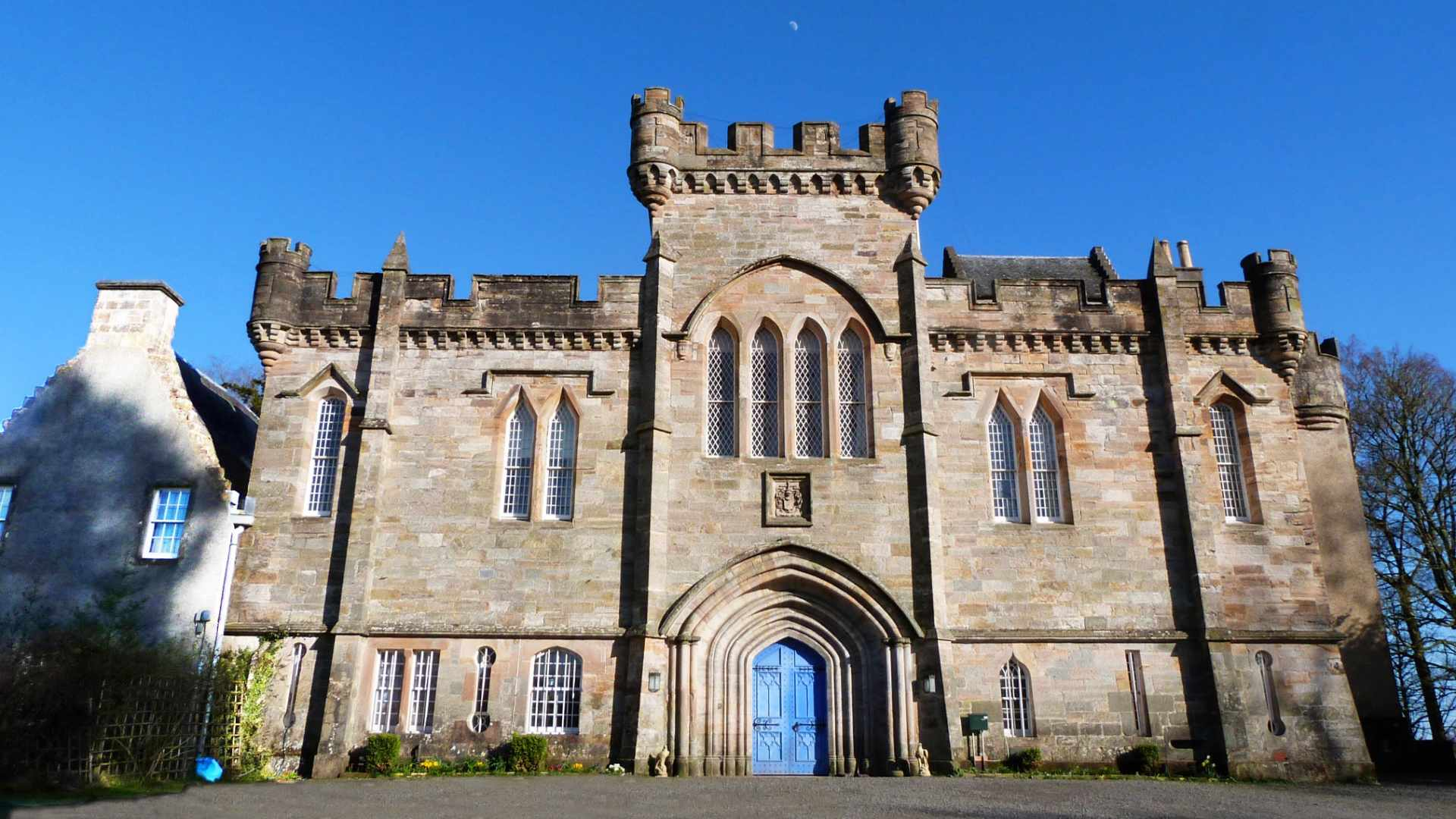 castle with history in Kilmarnock perfect for an Outlander holiday in Scotland
