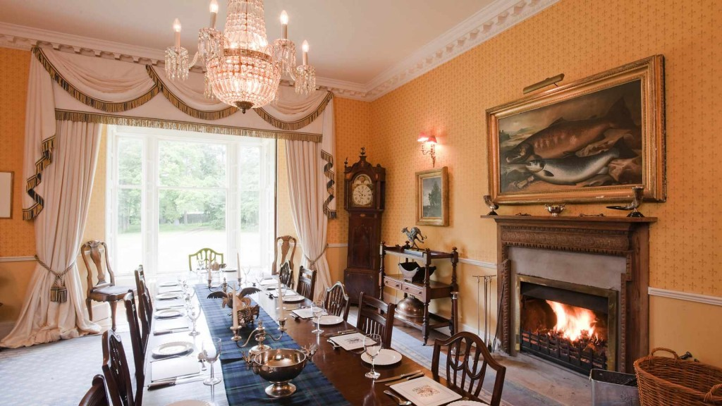 Erchless Castle | Historic highland holiday home Scotland