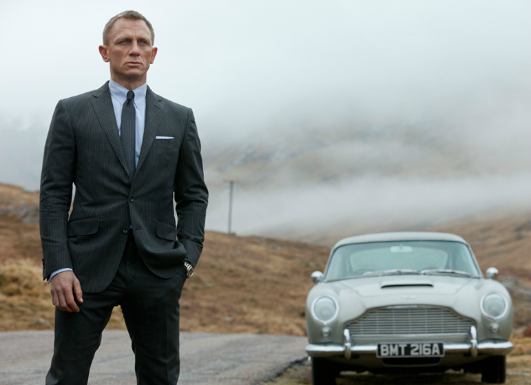 Daniel Craig as James Bond at Glenetive in the film Skyfall. Copyright Colmbia Pictures