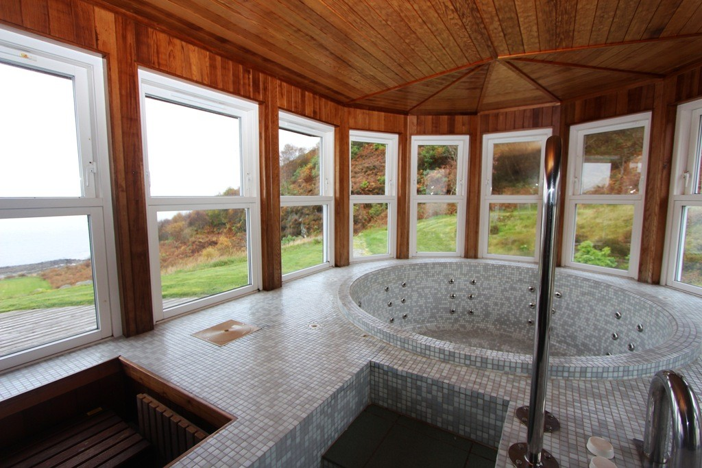 Even the hot tub has views. Copyright Scotts Castle Holidays