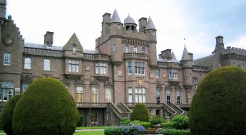 traditional scottish castle to rent