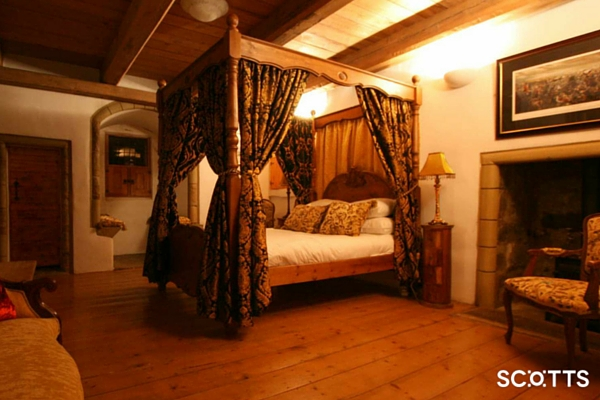 Scottish castle with four-poster bed for group holidays