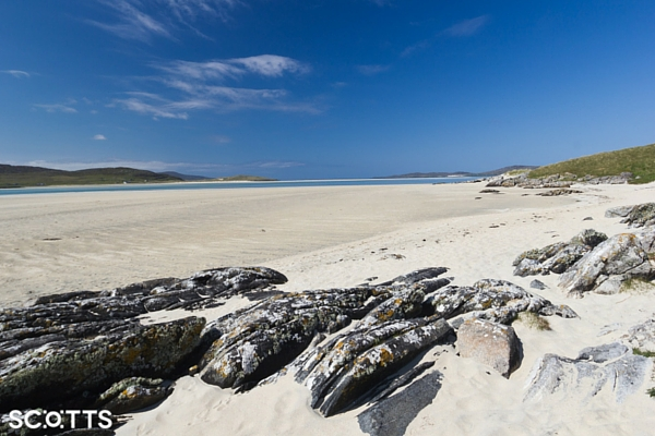 white sandy beach Scotland perfect for your travel bucket list