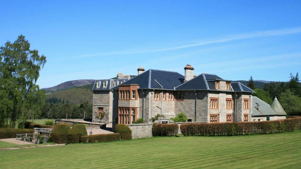 luxury holiday homse Balmoral