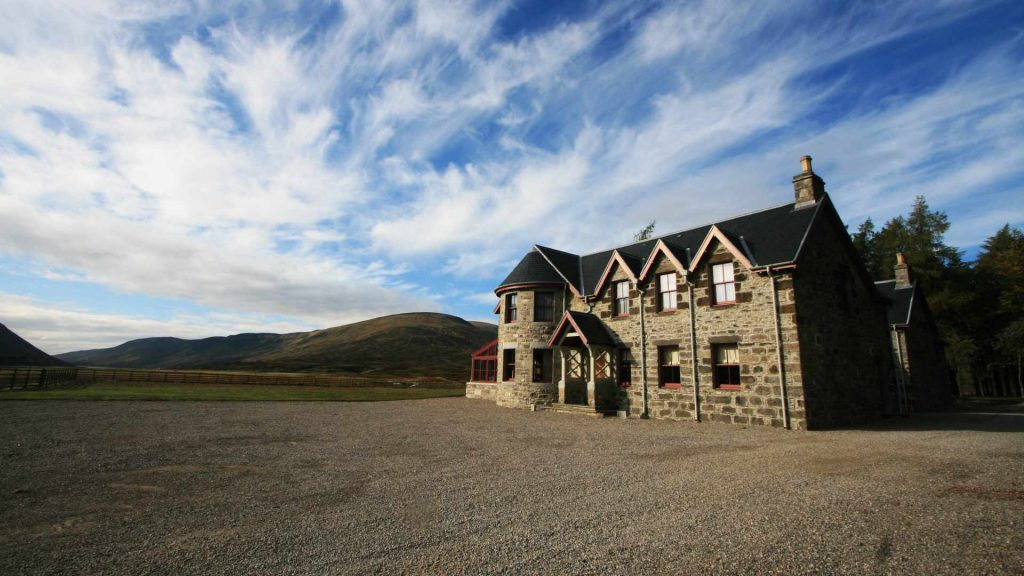 Large holiday House near Blair Atholl