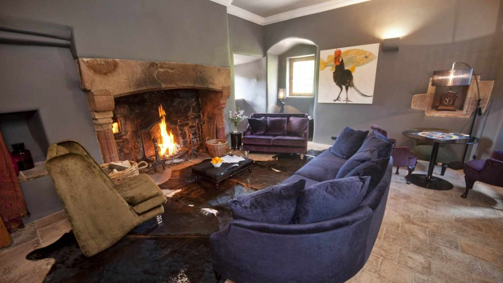Luxury castle rental in Scotland, stay in a castle with a group of friends and family