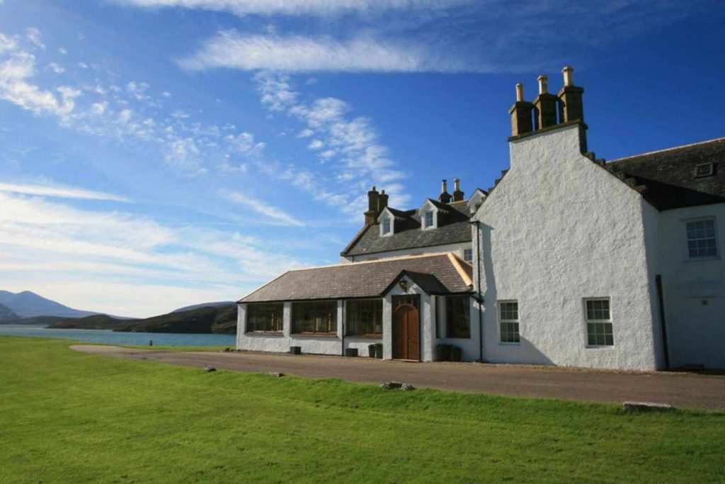 5 star Lodge by Cape Wrath